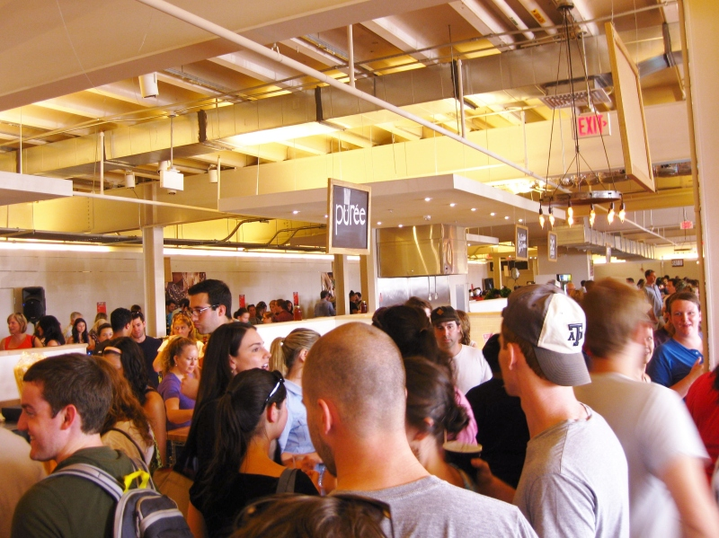 A weekend crowd bustles through the new Union Market.